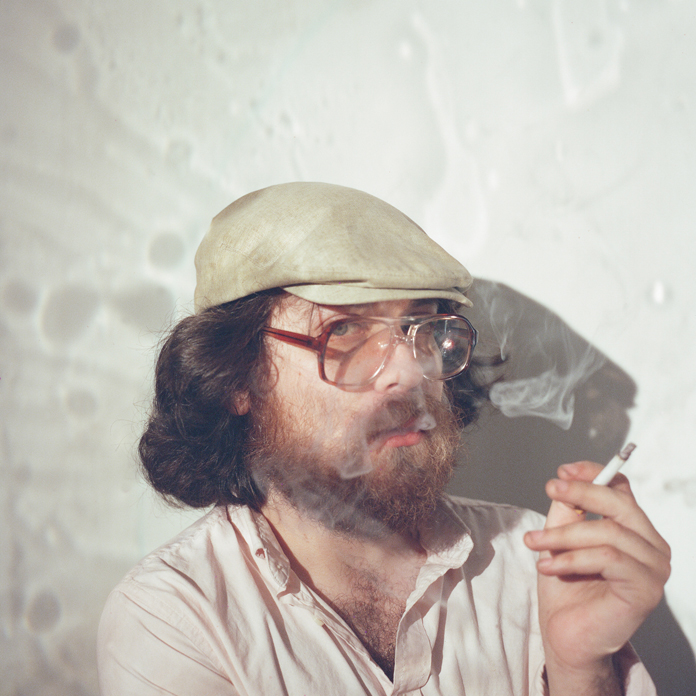"""Alex Izenberg Shares Video for First New Song in Four Years – """"Disraeli Woman"""""""