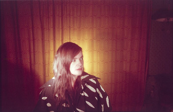 singles in barwick Barwick sings wordless melodies into a single microphone, through basic looping pedals, and into a laptop as each fragment is layered onto the next, her vocals bloom to form a ghostly, angelic choir.