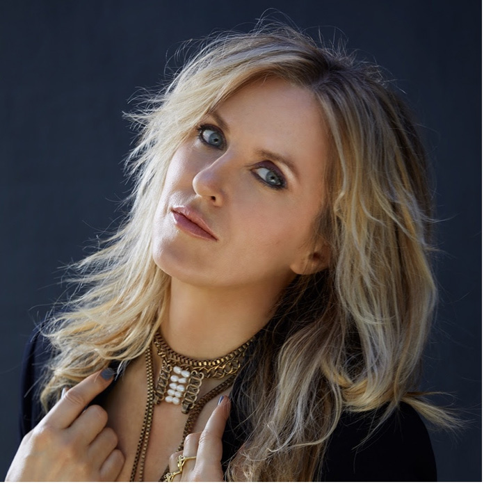 """Liz Phair Announces First New Album in 11 Years, Shares New Song """"Spanish Doors"""""""