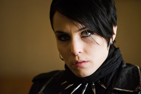 Girl With The Dragon Tattoo = Alien Hunter?