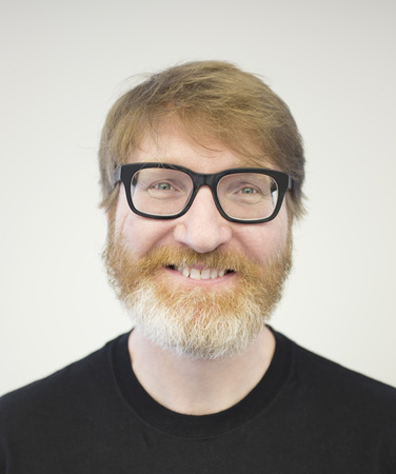 "Chuck Klosterman on Parsing Weird Ideas, Social Media, and ""Raised in Captivity"""