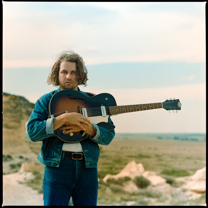 """Kevin Morby Shares New Song """"US Mail"""""""