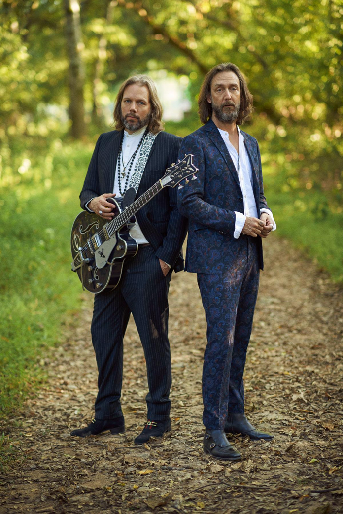 "The Black Crowes Announce Reunion Tour Performing ""Shake Your Money Maker"""