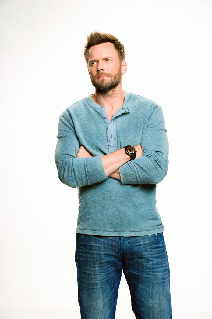 """Joel McHale on Playing College Football, """"The Soup,"""" and Marrying People at the Space Needle"""