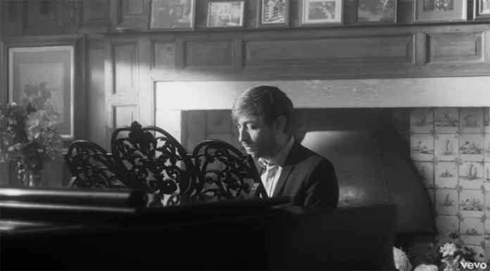 "The Divine Comedy Shares Video for ""Norman and Norma"